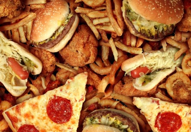 #Santé : Santé Canada propose d'interdire les huiles partiellement hydrogénées (HPH) - «la principale source de gras trans industriels» - dans tous les aliments vendus au pays. Bravo au Canada pour cette très belle initiative !